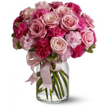 Dubai online Florist - Loved Bouquet