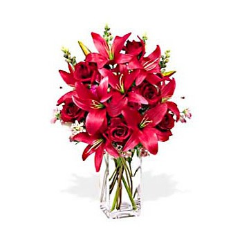 Dubai flowers florist -  Strawberry Margarita Flower Delivery!