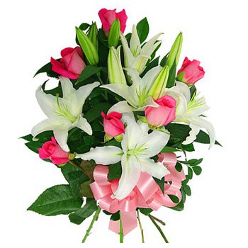 fleuriste fleurs de Abu Dhabi- Lovelight Bouquet/Arrangement floral