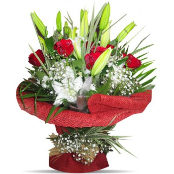 Tripoli flowers  -  Sweet Moment Flower Bouquet/Arrangement