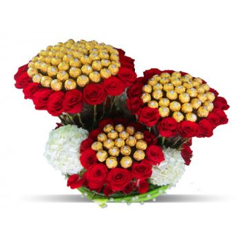fleuriste fleurs de Hyderabad- Delight Triple de luxe Bouquet/Arrangement floral