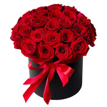 Ajman online Florist - Love Box Bouquet